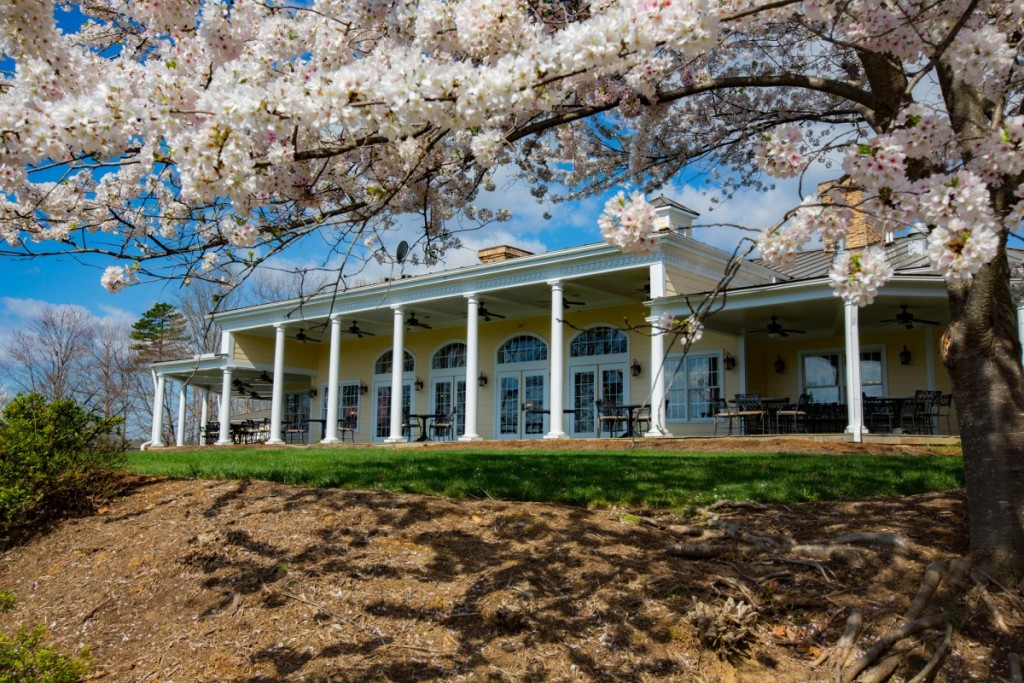 Spring has sprung in fawn lake simply home custom for Custom home builders fredericksburg va